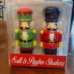 Other - Nut cracker Salt & Pepper Shakers